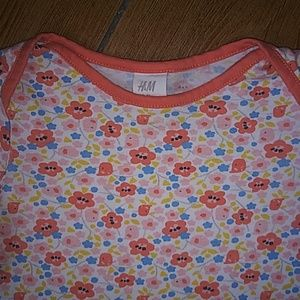 Cute Toddler Girls Floral Top.